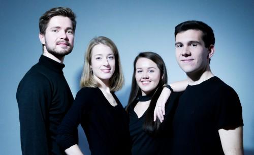 ESQ 2© Ebonit Saxophone Quartet